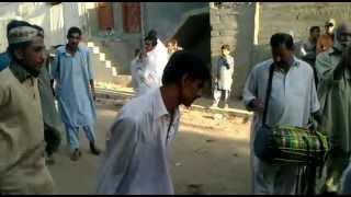 chacha with his gang kumar and hindko beat dance part1