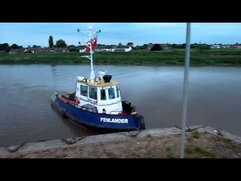 Barge to Wisbech HD
