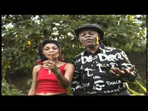 Bozi Boziana-07-Herós ya Congo-NICOLE