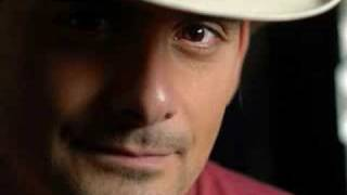 Watch Brad Paisley Im Still A Guy video