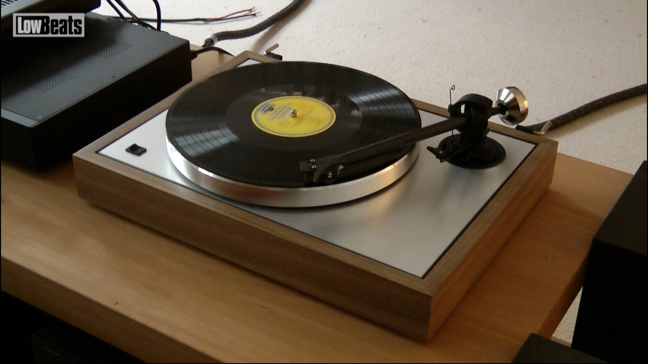 Pro-Ject The Classic Rosenut (2M-Silver)