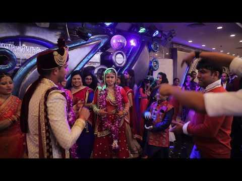 Taron Ka Chamakta Gehna Ho ((( Wedding Song ))) Hum Tumhare Hain Sanam 2002 - Udit Narayan !mrteck!!
