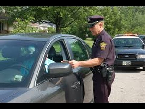 Is it a crime to lie to police? (Vehicle Code 31)