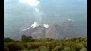 Volcan Santa Maria, vista de el Volcan Santiaguito