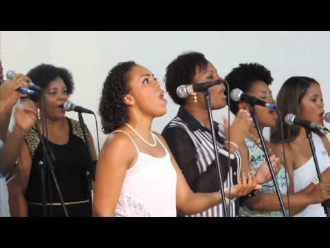 Igreja Cristã Abrigo - Total Praise - Abrigo Choir