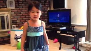 4 yr old sings let it go multilanguage in 25 languages
