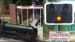 Miniature Level Crossing, Eastbourne Miniature Railway (EMSR)