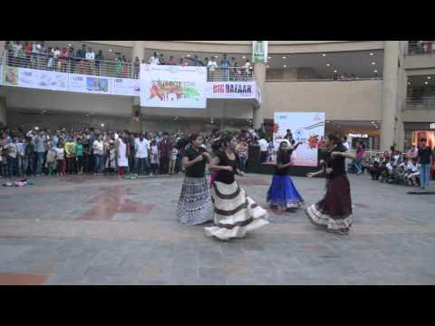SSJCOE Flash Mob at Metro Junction Mall Kalyan - Republic Day