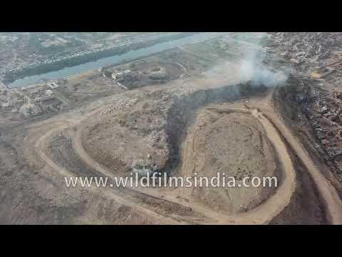 India's garbage mountain: Delhi's junk goes to Bhalswa landf
