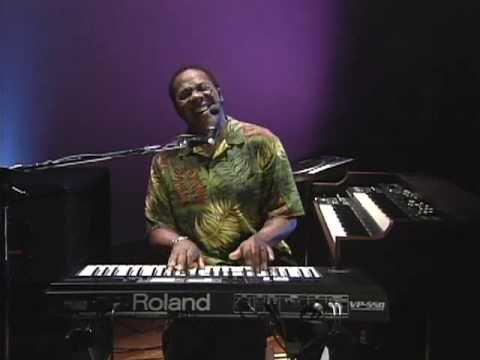 Don Lewis with the  Roland VP-550 (1/4)