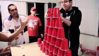 Minute to Win It: Stack Attack | Head-to-Head
