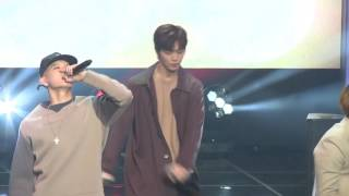 Video [Fancam] BTOB : Yook sungjae - BeepBeep, A.M.N Showcase @ DMC Festival 2016 download MP3, 3GP, MP4, WEBM, AVI, FLV Juni 2018