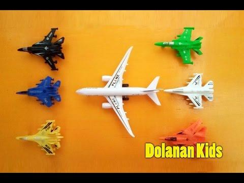 Mengajarkan Warna Pada Mainan Pesawat Terbang Untuk Anak - Mainan Anak