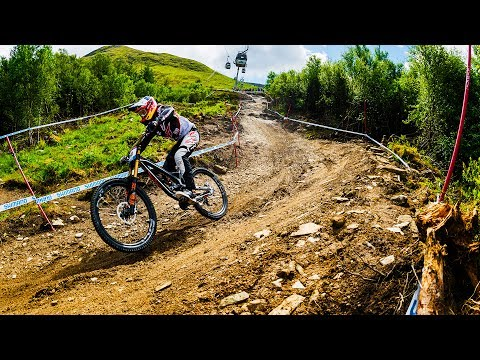 Let's Go Over The Bars | Fast Life with Loïc Bruni S1E3