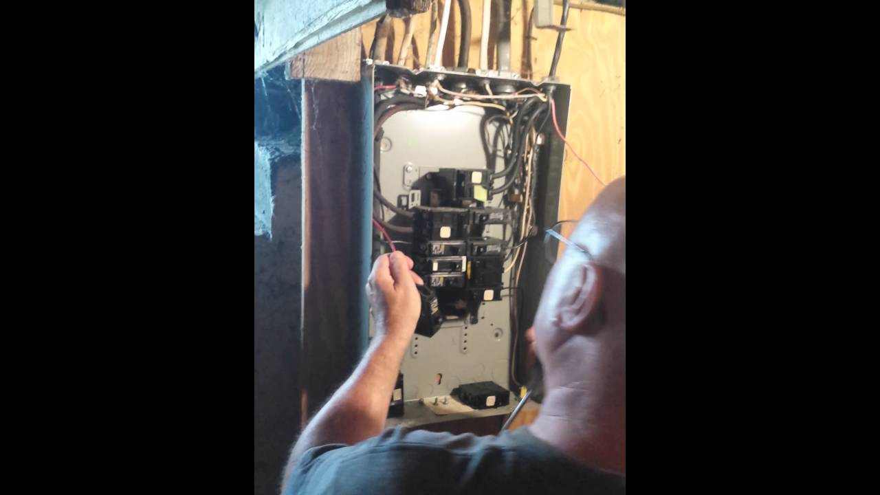 Replacet of humming circuit breakers 200 amp panel - YouTube