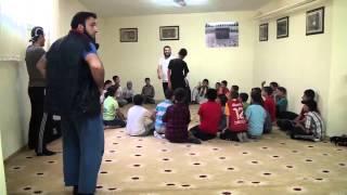 Milli Karateci'den gençlere namaz öncesi karate semineri.