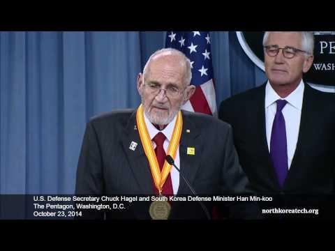 Chuck Hagel and Han Min-koo briefing at The Pentagon, October 23, 2014