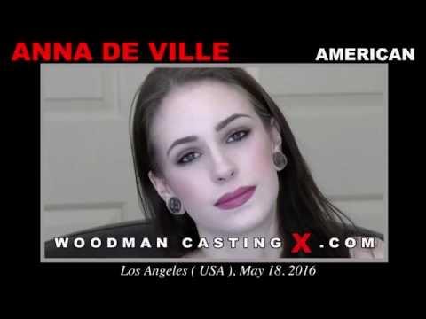 Anna De Ville Age