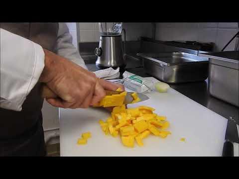 recette-de-noël-par-hubert-nobis,-chef-étoilé-au-guide-michelin-/-l'-entrée-(1/2)