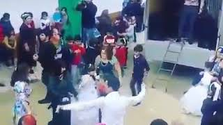 Скромная свадьба в Махачкале _ сцена на колёсах