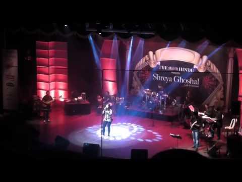 Shreya Ghoshal Chennai Concert 2013 - live on stage