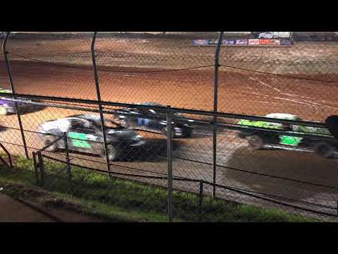 SCDRA 40 car field start at Screven Motor Speedway 2/17/18