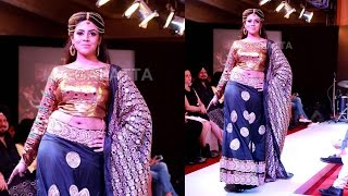 Ineya walks the ramp for Sangeetha M at CIFW 2015