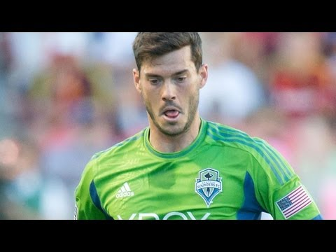 GOAL:  Brad Evans converts the penalty shot | Seattle Sounders vs. FC Dallas