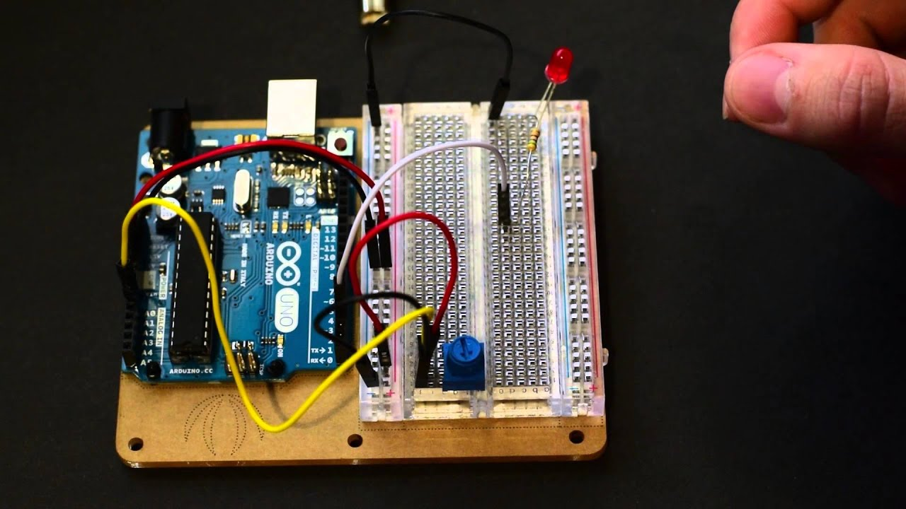 Arduino - Use Potentiometer To Control LED Brightness