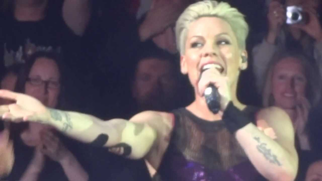 Download P!NK - SLUT LIKE YOU - BLOW ME ( ONE LAST KISS) - THE TRUTH ABOUT LOVE TOUR - MUNICH GERMANY MAY 19