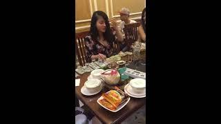 Girl xinh thách đấu uống rượu lấy tiền