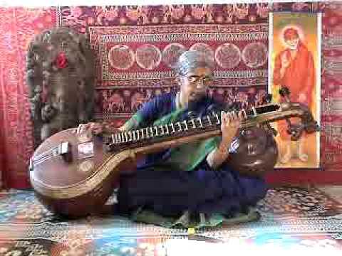 Shri Kamalamba Jayathi - Ahiri - Navavaranam 9 Veena by Gomathi
