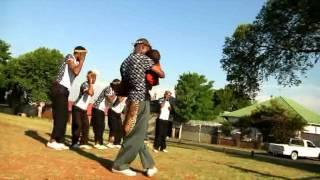 Mama wezingaze by Khulekani Sithole