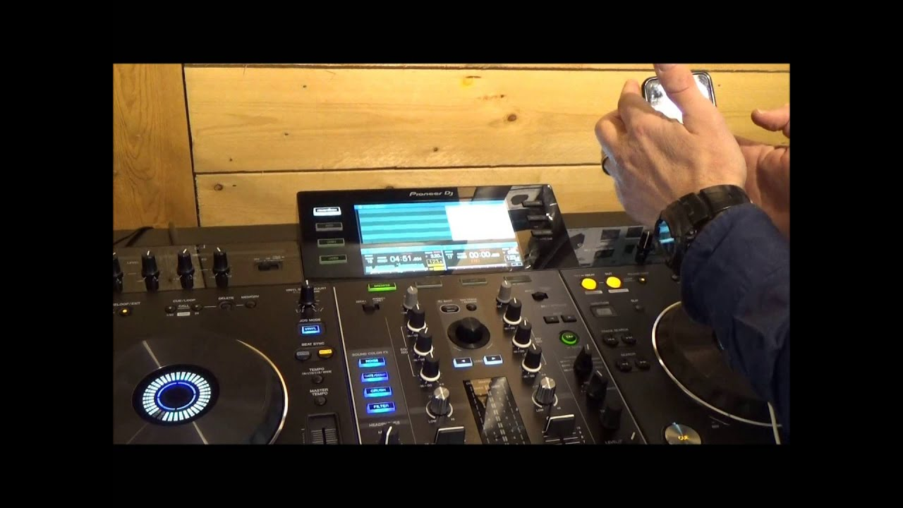 Pioneer Xdj Rx And The Pioneer Rekordbox Mobile App Walk