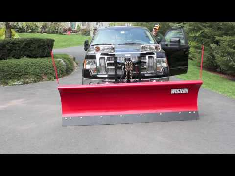 Mounting & unmounting my plow