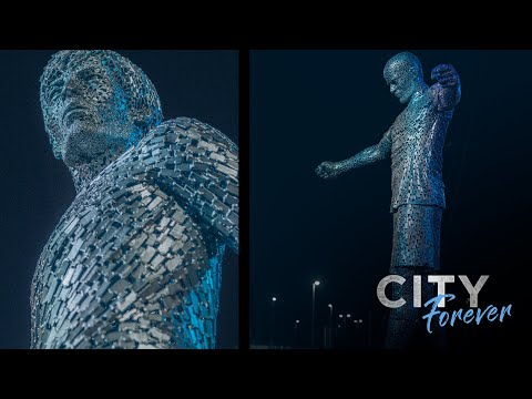 Revealing our statues |  David Silva and Vincent Kompany |  Forever city