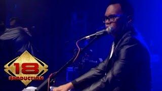 Kerispatih - Cinta Putih  (Live Konser Surabaya 5 Desember 2014)