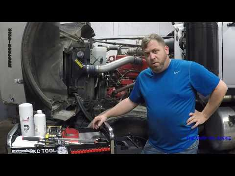 THE SNAP ON JUNKIE HOW TO CHANGE OIL IN N14 CUMMINS
