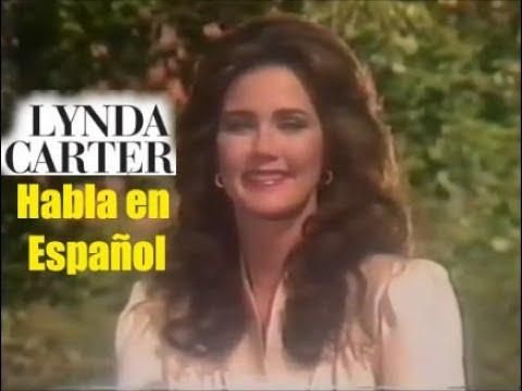 Lynda Carter habla en Español (1984)
