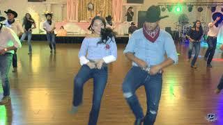 Video America's XV Surprise Dance (Baile Sorpresa) download MP3, 3GP, MP4, WEBM, AVI, FLV Agustus 2018