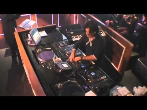 Paul Oakenfold feat. Cee-Lo Green - Falling (Official Video)