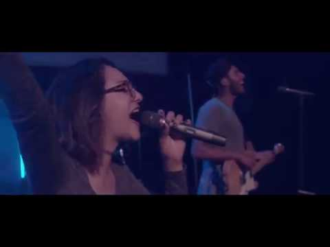 Fortaleza | La Música de Movimiento (Jesus Culture - Mighty Fortress en Español)