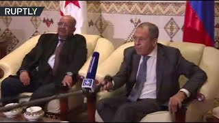 Hello Mr. Mic! Lavrov 'shake hands' with microphone during Algeria meeting