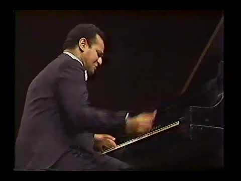 "Andre Watts plays: Chopin's ""Revolutionary Etude,"" Op.10 #12"