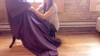 How to bustle a gown Thumbnail