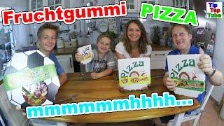 FRUCHTGUMMI PIZZA wir testen vier Sorten die leckerste Pizza der Welt Junkfood TipTapTube