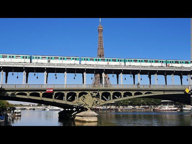 パリ エッフェル塔 地下鉄通過 お散歩動画