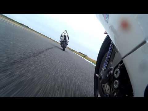 skyrmedog racing ,Track day.jurby.isle of man.on board.moto gp angle