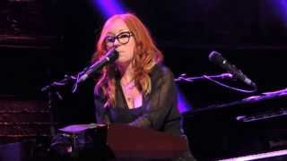 Tori Amos Performing Fire on the Side @ The Greek Theater 7/23/14 High Quality