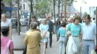 1980s Oxford Street Shoppers, London, Oxford Circus, Summer